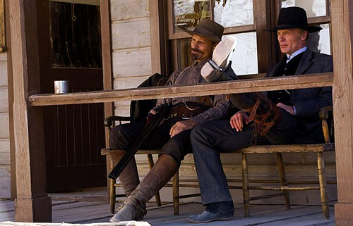 (from left) Viggo Mortensen and Ed Harris in Appaloosa