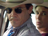 (from left) Josh Brolin and Noah Wyle in W.