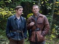 (from left) Jamie Bell and Daniel Craig in Defiance