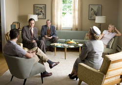 (from left) Leonardo DiCaprio, Michael Shannon, Richard Easton, Kathy Bates and Kate Winslet in Revolutionary Road