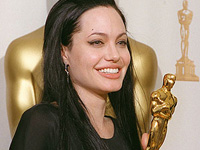 Angelina Jolie at the 72nd Annual Academy Awards