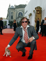 Loky with Mickey Rourke at the 2008 Venice International Film Festival